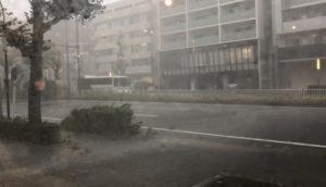 台風影響名東区一社