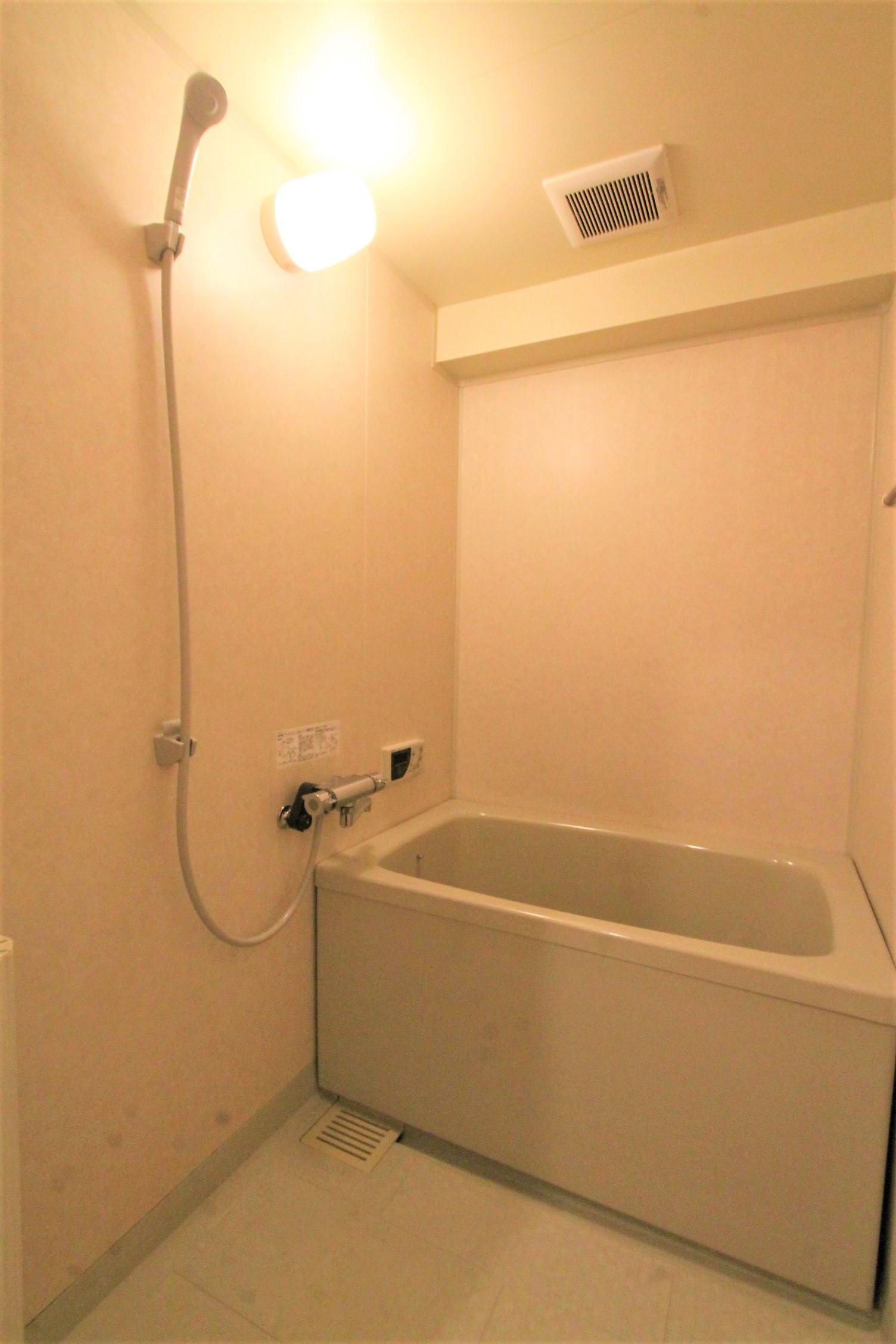 サンヒルズ極楽 浴室
